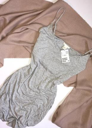 Новое базовое летнее серое мини платье на бретелях h&m, p.m(38)