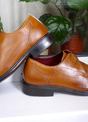 """Мягкие и прочные стильные кожаные туфли """" bhs"""", англия!! 41 р."""