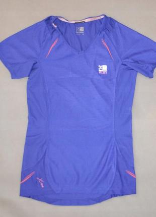 Качественная беговая футболка для спорта
