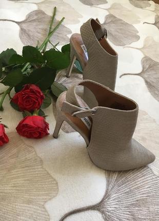 Шикарные натуральные фирменные туфли распродажа вещи до 100грн2 фото