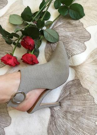 Шикарные натуральные фирменные туфли распродажа вещи до 100грн8 фото
