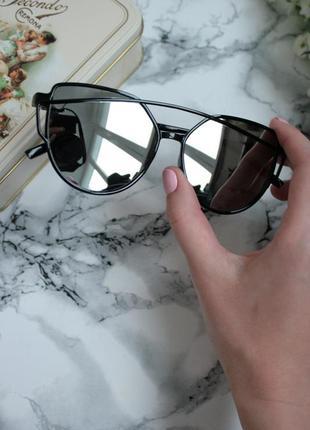 Новые серебряные очки