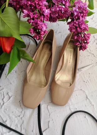 🔥🔥🔥распродажа🔥🔥🔥лаковые туфли на устойчивом каблуке m&s 36