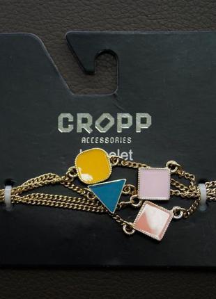 Cтильный браслет с разноцветными вставками .