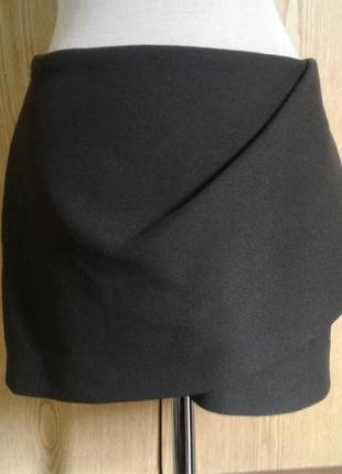 Плотная юбка защитного цвета, м.
