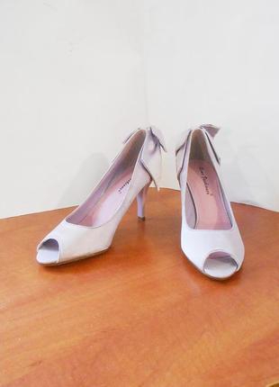 Нарядные атласные туфли с открытым носком rome fashioner, р.36 код k3601