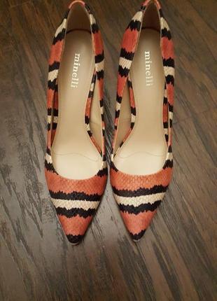 Шикарные туфли minelli 38 р.3 фото