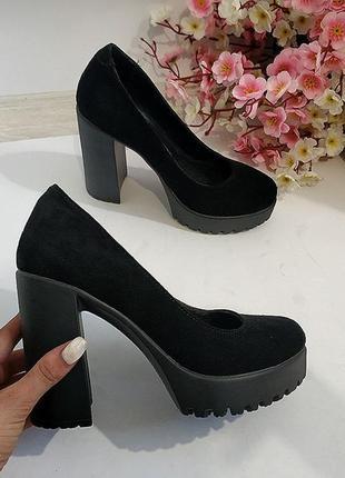 Женские черные туфли на каблуке, натуральная замша