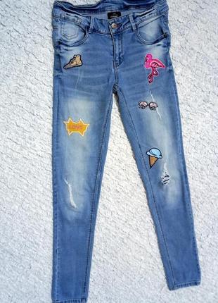 Трендовые джинсы-скини