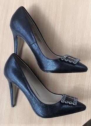 Шикарні туфлі лодочки dorothy perkins 39р.