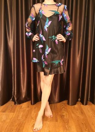 Эксклюзивное платье с вышивкой жар-птицами