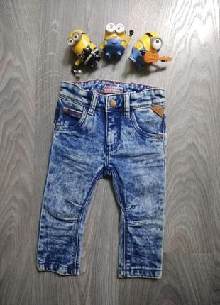 74р джинсы узкачи скини