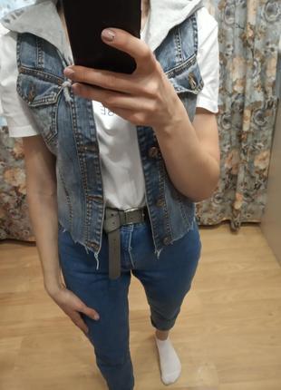 Оригинальный необработанный джинсовый жилет со семным капюшоном хс, с