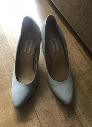 Шкіряні туфлі від фірми tagoslo
