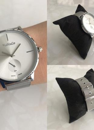 Женские наручные модные металлические часы серебристые с белым