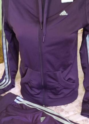 Спортивный костюм adidas р.с