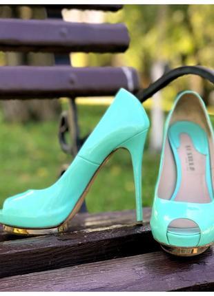 Лаковые туфли с открытым носком le silla оригинал