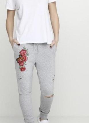Спортивные штаны новые тёплые с вышивкой h&m оригинал