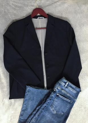 Трендовый женский пиджак
