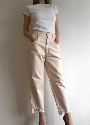 Джинсы момы mom jeans