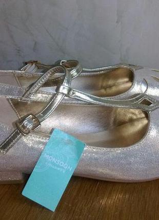 Красивые золотые туфли  с напылением на торжество 37 размера4 фото