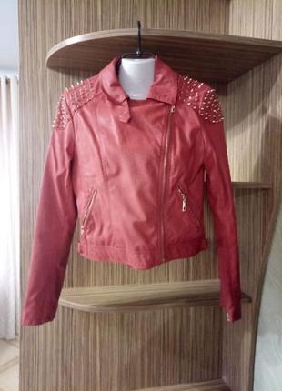 Коралловая кожаная куртка. коралловая косуха. коралловая кожанка glo-story