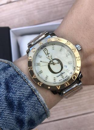 Стильные женснкие часы
