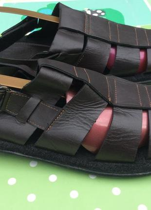 Полностью кожаные сандалии footwear 42р