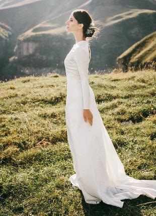 Элегантное свадебное платье5 фото