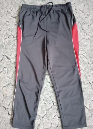 Тренировочные штаны s