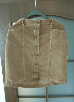 Вельветовая юбка на пуговках
