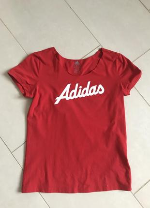 Футболка трикотажная стильная модная adidas  размер м или 38-40
