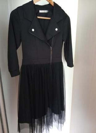 Чорне ефектне плаття