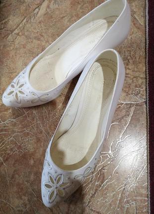 Натуральные туфельки на праздник