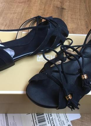 Шикарные michael kors оригинал! новые кожаные босоножки сандалии женские mk 38