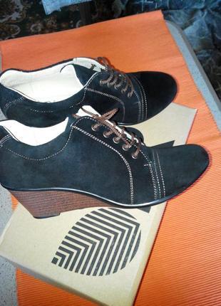 Туфли натуральный замш folger 39 р-р
