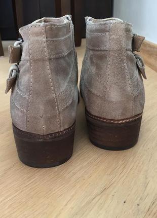 Ботинки замшевые бежевые taupe minelli4 фото