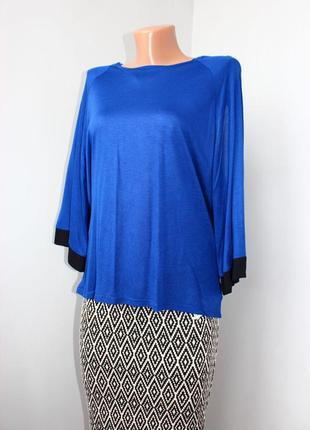 Блуза синяя с черными кантами и интересной спинкой /вискоза маечная, португалия, s/26