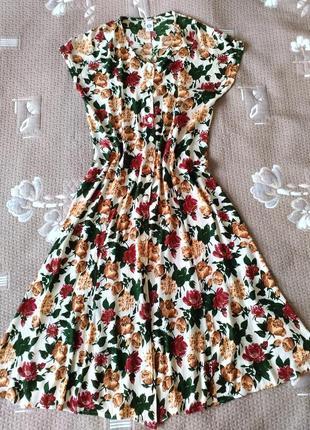 Плаття в квітковий принт р.38/10/м c&a