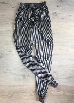 Шёлковые штаны в полоску