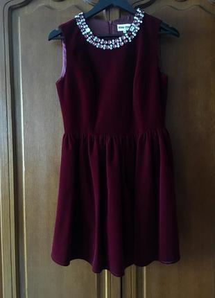 Платье бархатное с камнями miumiu