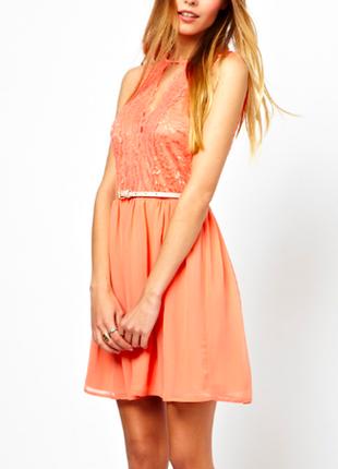 Короткое приталенное платье с поясом asos