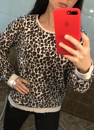 Леопардовый свитшот кофта с актуальным леопардовым принтом7 фото