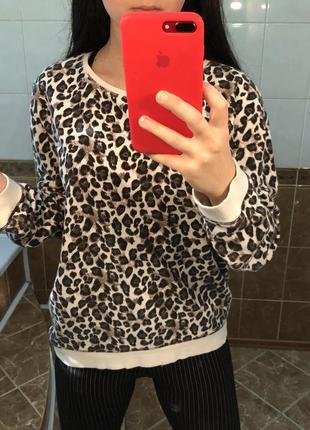 Леопардовый свитшот кофта с актуальным леопардовым принтом3 фото