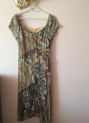 Эксклюзивное платье с принтом под леопарда. германия