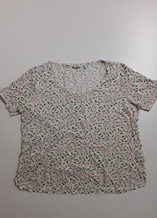Фирменная льняная футболка