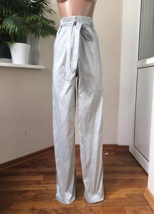 Шикарные брюки с высокой талией