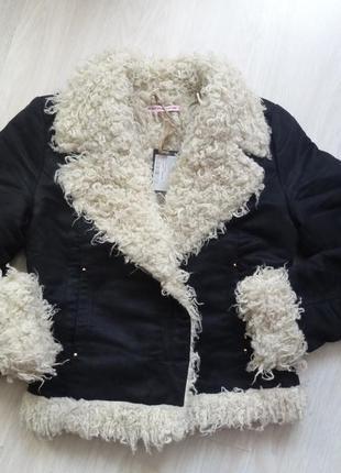 Оригинальная короткая черная новая куртка фирмы fornarina италия  размер s-m