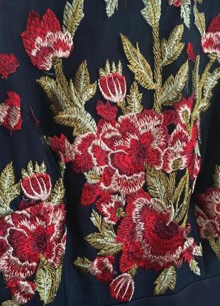 Платье в пол с вышивкой4 фото