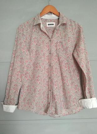 Брендовая рубашка.  стильная блуза. цветы. цветочный принт. интересные манжеты.марк о поло